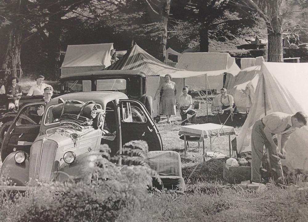 Tahuna Motor Camp at Christmas 1943-