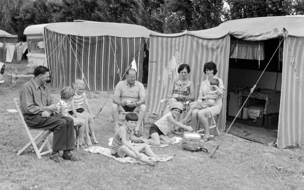 First campers, Tahuna Motor Camp, December 1971. Nelson Provincial Museum, Geoffrey C Wood Collection: 7819_fr3