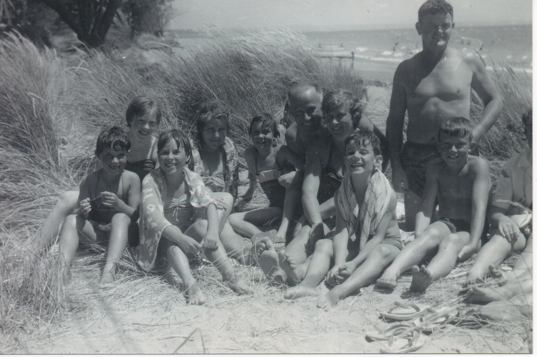 The extended Harris family at Tahuna Beach